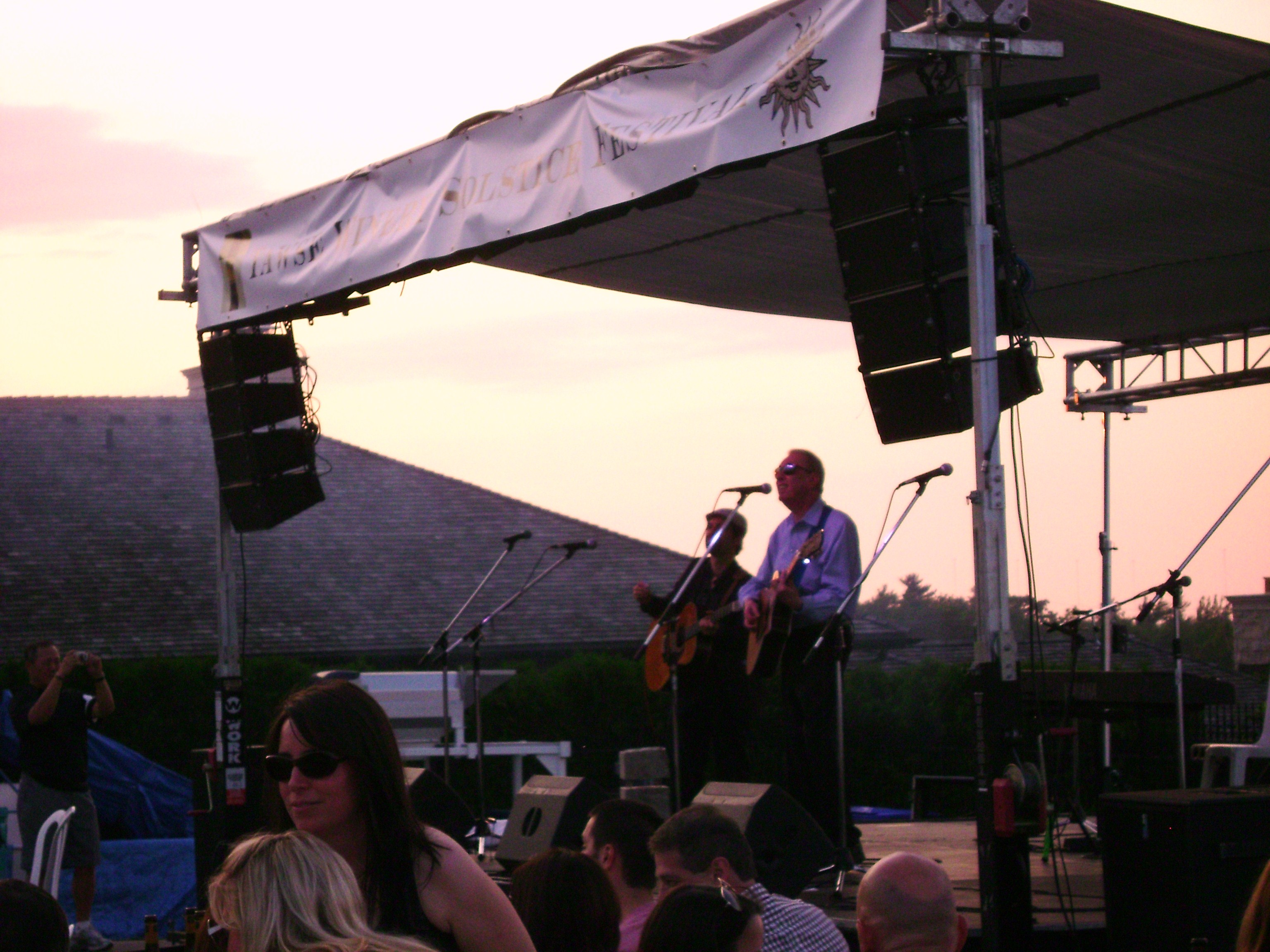 Al Stewart and Dave Nachmanoff at Tawse Winery; June 18, 2011
